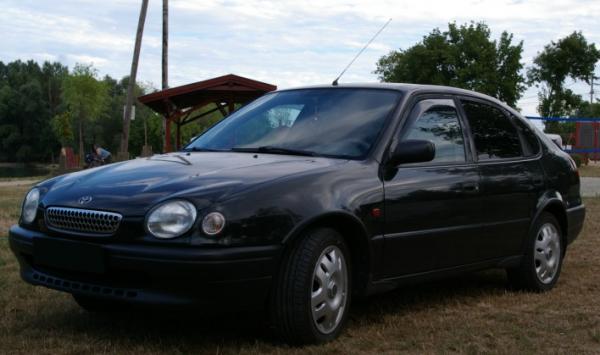 Toyota Corolla E110